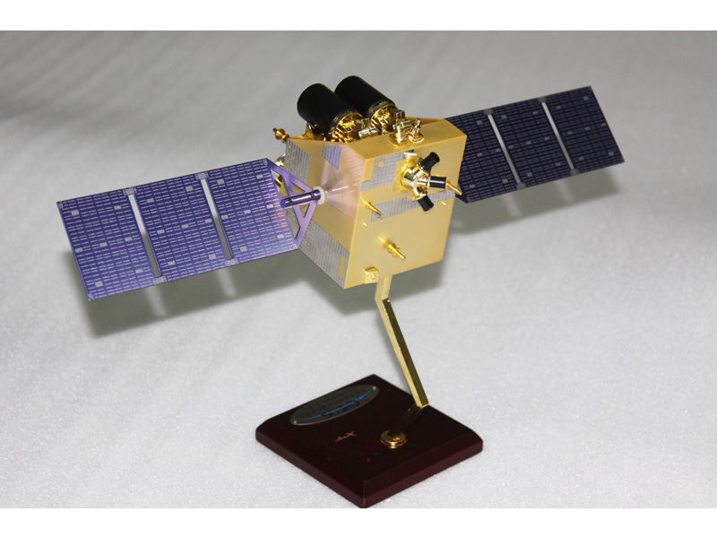 高分二号卫星模型1:25